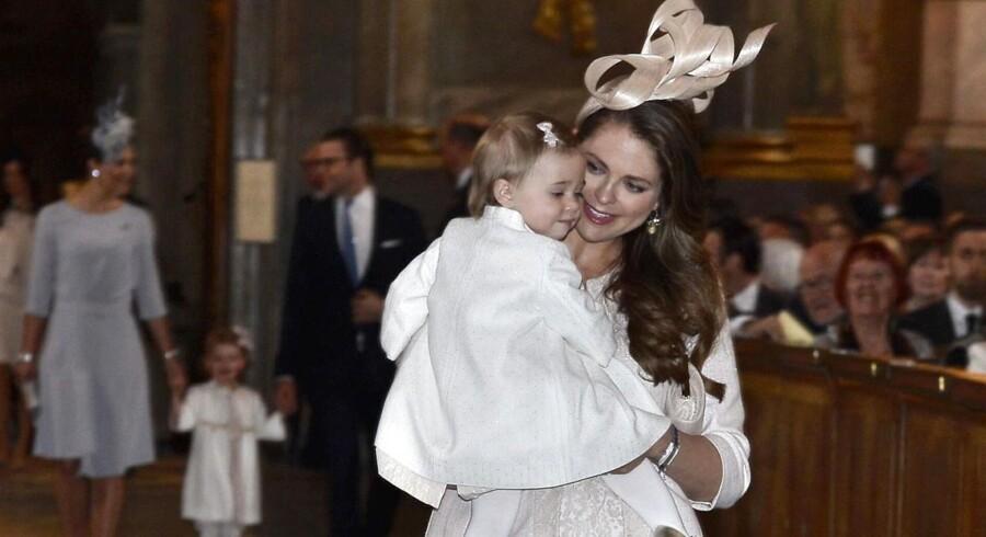 Prinsesse Madeleine med sin datter Leonore.