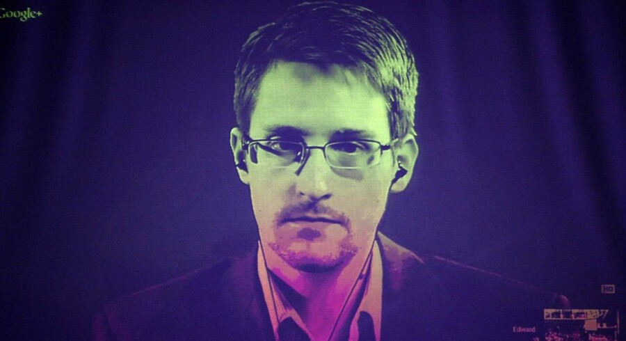 De amerikanere, der betragter Edward Snowden som forræder, mener, at han har skadet USAs sikkerhed og bragt tusinder af mennesker i fare.