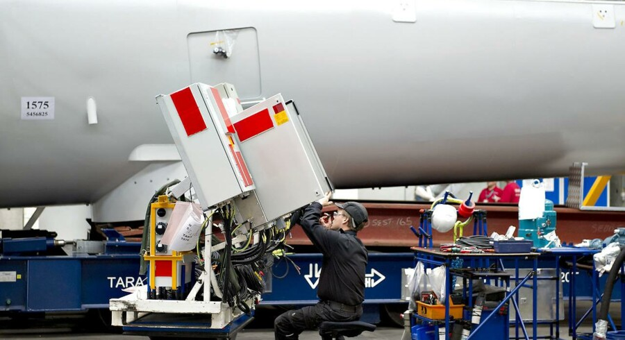 Siemens Wind Power - Brande . Montagehal for naceller til vindmøller. ARKIVFOTO.