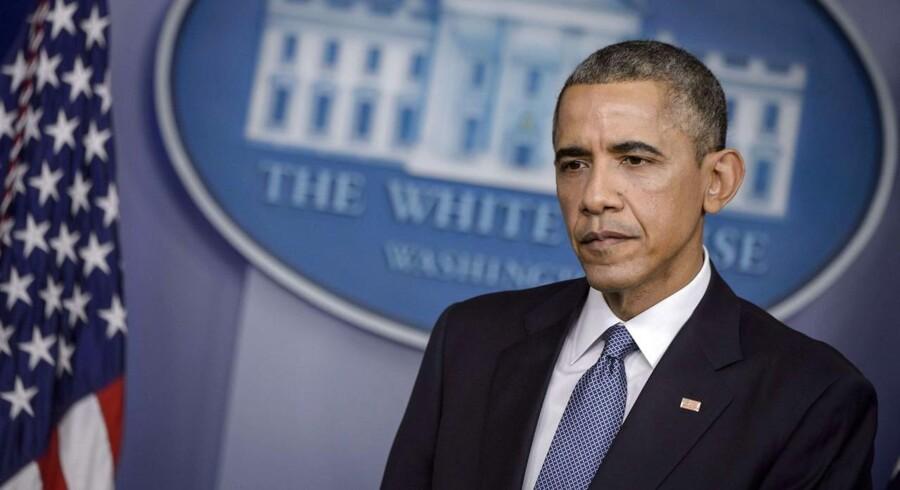 Præsident Barack Obama har besluttet at udvide sanktionerne mod Rusland og denne gang målrette dem mod halvøen Krim.