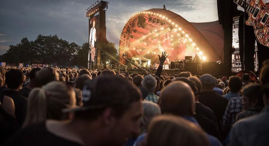 Arkivfoto:Hvert år deltager omkring 25.000 frivillige ved årets Roskilde Festival. De skal sørge for de cirka 65.000 gæster (Foto: Mathias Løvgreen Bojesen/Scanpix 2016).