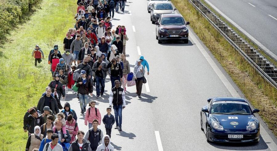 Mandag d. 7. september gik knap 200 flygtninge på Sydmotorvejen ved Rødby efter at være stået af toget fra Tyskland på Rødby Havn Station.