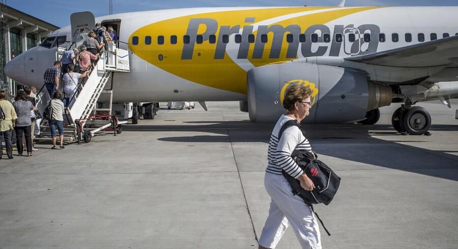 Højesteret har bestemt, at flyselskab skal betale erstatning til bedstemor og barnebarn efter forsinkelse. Sagen kan få betydning for tusindvis af passagerer. (Foto: Martin Damgård/Scanpix 2015)
