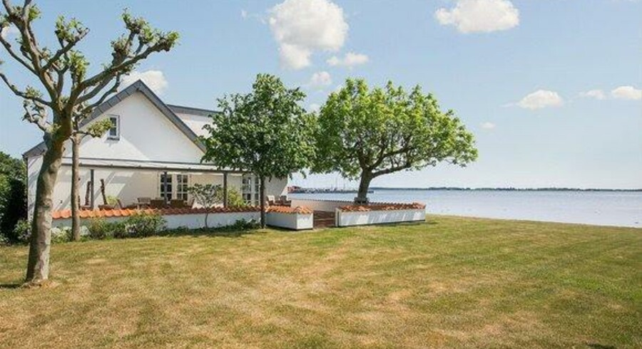 Huset her er et af de dyreste til salg på Lolland og Falster. Foto: Ejendomsmægler Henrik Ejby