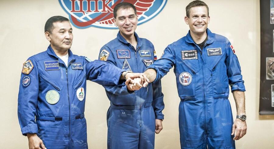 Pressemøde i Baikonur kosmodome i Kasakhstan. Det sidste offentlige møde med de tre astronauter samt deres backups inden de i morgen skal sendes op til ISS (International Space Station). Fra venstre: Aydyn Aimbetov, Sergei Volkov og Andreas Mogensen.