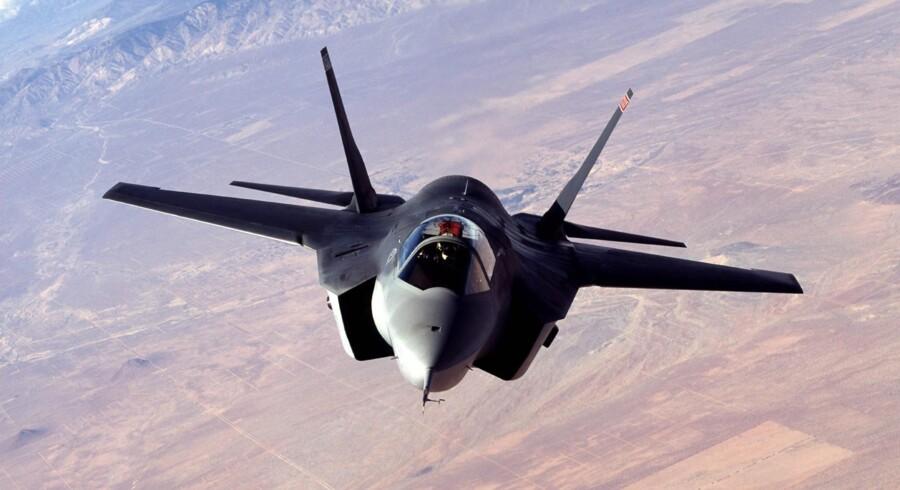 F-35 regnes som favoritten i den danske kampflykonkurrence. Flyets kraftige motor er langt den største af de motorer, der driver de fire fly, der deltager i den danske konkurrence.