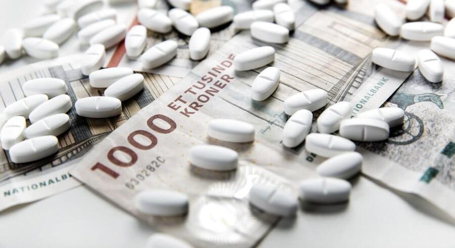 Det kan godt være, at ny medicin til syge danskere medfører ekstra udgifter i milliardklassen. Men det kan også betyde, at patienterne vil få det så meget bedre, at der kan være mange penge at spare andre steder på sygehusene og i samfundet, fordi de eksempelvis undgår dyre indlæggelser, og at nogle måske kan blive ved med at arbejde.