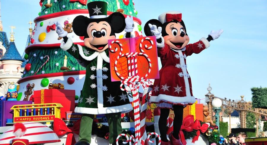 Disneyland byder på en masse forskellige aktiviteter og underholdning i løbet af julen.