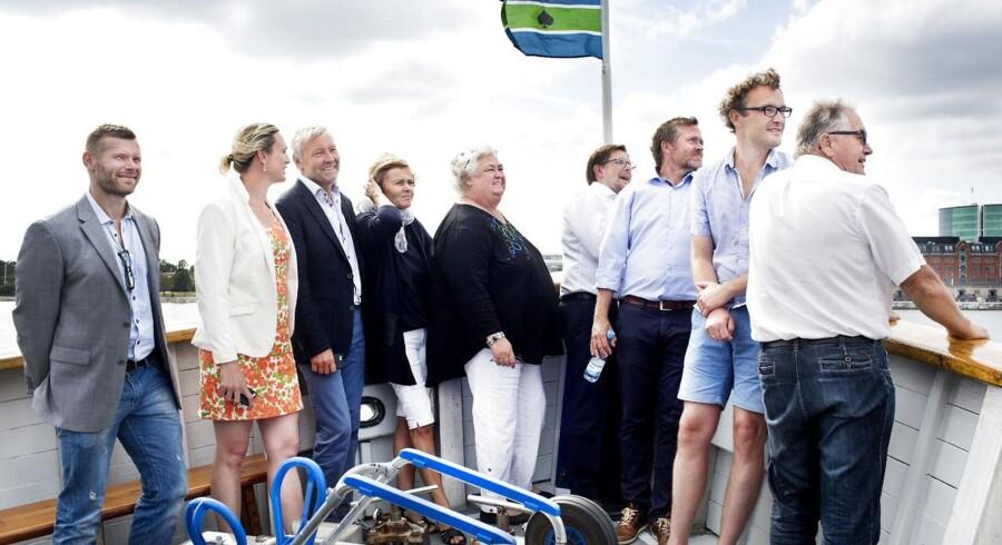 ARKIVFOTO fra Liberal Alliances sommergruppemøde på Flakfortet sidste år. Fra venstre ses Joachim B Olsen, Merete Riisager, Villum Christensen, Mette Bock, Thyra Frank, Simon Emil Ammitzbøll, Anders Samuelsen, Ole Birk Olesen og Leif Mikkelsen.