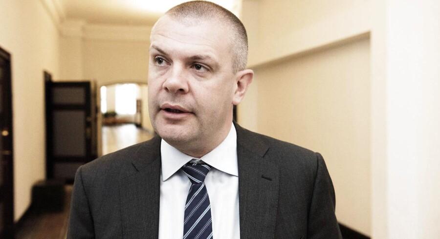 »Holder vi denne kurs, er der udsigt til meget lyse år for dansk økonomi med langt flere job. Dette sætter den tykkest tænkelige streg under, at vi skal blive på den økonomiske kurs, som vi har lagt,« siger Bjarne Corydon.
