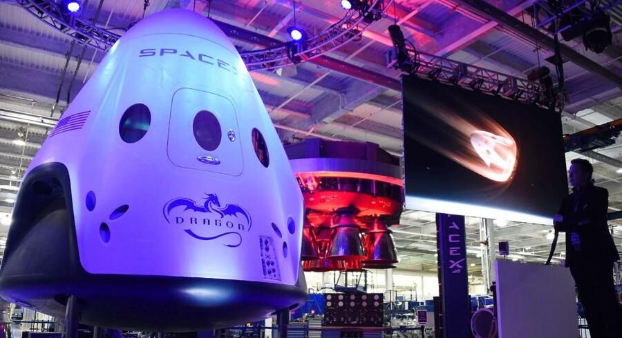 SpaceX's rumskib Dragon 2 skal flyve mennesker til Mars.
