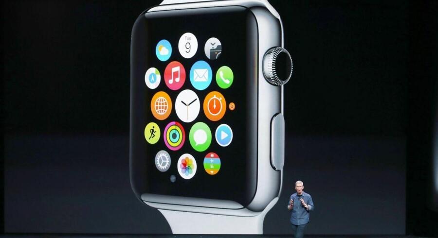 Så kom det, som den ekstra ting, Apple-topchefen Tim Cook lige skulle nå at vise, da tirsdagens produktpræsentation ellers var på vej mod slutningen. Apples Watch er teknologigigantens bud på et smart-ur.