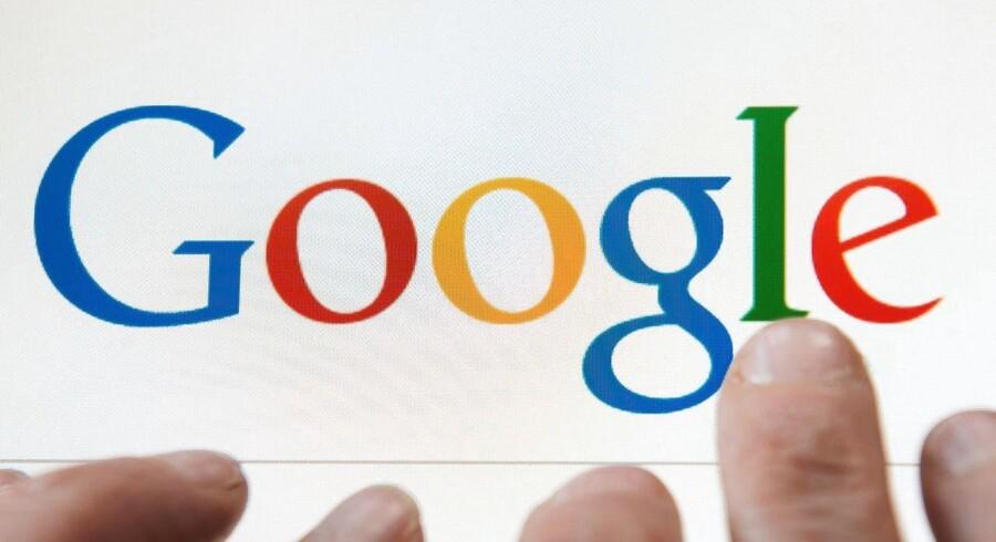 EU-Domstolen gik for langt for retten til at blive glemt på bekostning af retten til at vide, mener bestyrelsesformand for internetgiganten Google, Eric Schmidt.