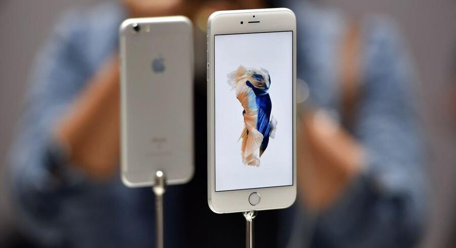 Med en leasing ordning kan amerikanerne få fingrene i den nye iPhone 6S, som blev lanceret den 9. september i San Fransisco, også selv om sparebøssen er tom.