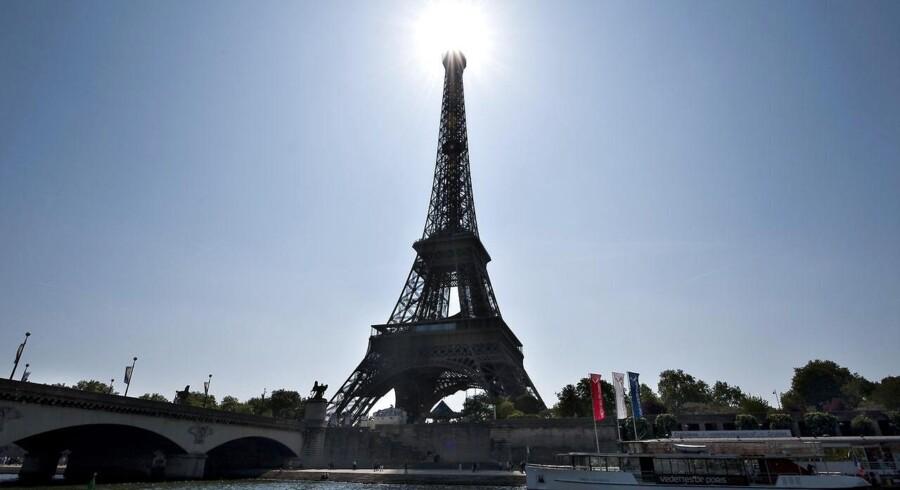 Eiffeltårnet, Tour Eiffel, i Paris ved Seinen.