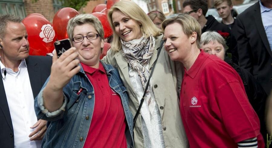Statsminister Helle Thorning-Schmidt besøgte fredag gågaden i Holstebro. Hun går til valg på »det Danmark, du kender«, men hvad er resultaterne af regeringens politik?