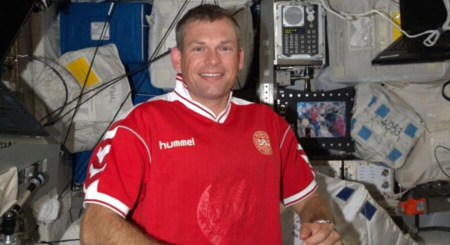 Andreas Mogensens tid i rummet er ved at være forbi. Fredag aften starter han nedstigningen mod Jorden, og tidligt lørdag morgen skulle han, og hans to medrejsende lande i Kasakhstan.
