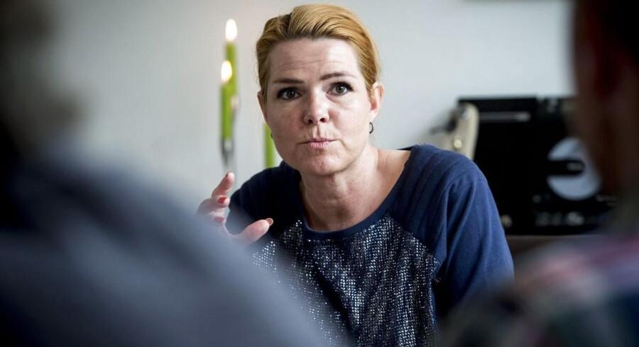 Inger Støjberg står i spidsen for regeringens bebudede annoncekampagne, som skal få asylansøgere til at fravælge Danmark.