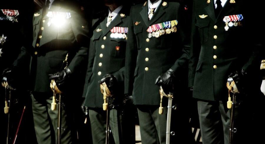Danske officerer flygter i stor stil fra forsvaret.