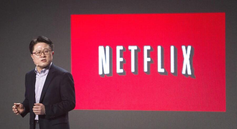 Det er første gang, at det er lykkedes for Netflix at underskrive en aftale med et studie om global distribution af en serie.