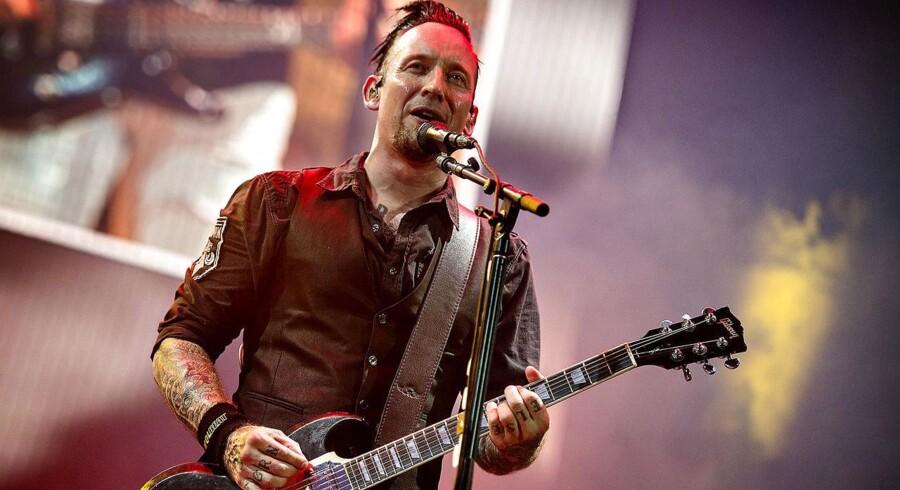 Volbeat med Michael Poulsen i front spillede lørdag aften i udsolgte Telia Parken i København.