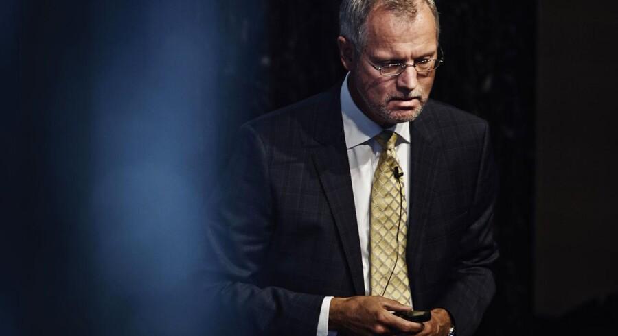 Langt det største beløb, 4,3-4,4 mia. kr. er knyttet til Finland, mens det er et meget lille beløb, 140 mio. kr., der er knyttet til Nordirland. Af den samlede nedskrivninger er 4,1 mia. kr. på goodwill, mens 0,4 mia. kr. er nedskrivning af immaterielle aktiver, siger Danske Banks økonomidirektør, Henrik Ramlau-Hansen.