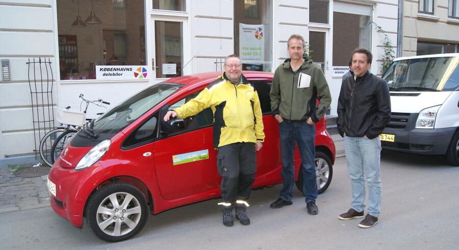 El-biler er populære i storbyerne, siger K.E. Strømming (tv) fra danske delebiler. I midten Jesper Kristensen, der lægger vægt på bredden i de forskellige delebiler, og til højre Claus Skytt, der bruger delebiler i virksomheden, Mercur Andelskasse.