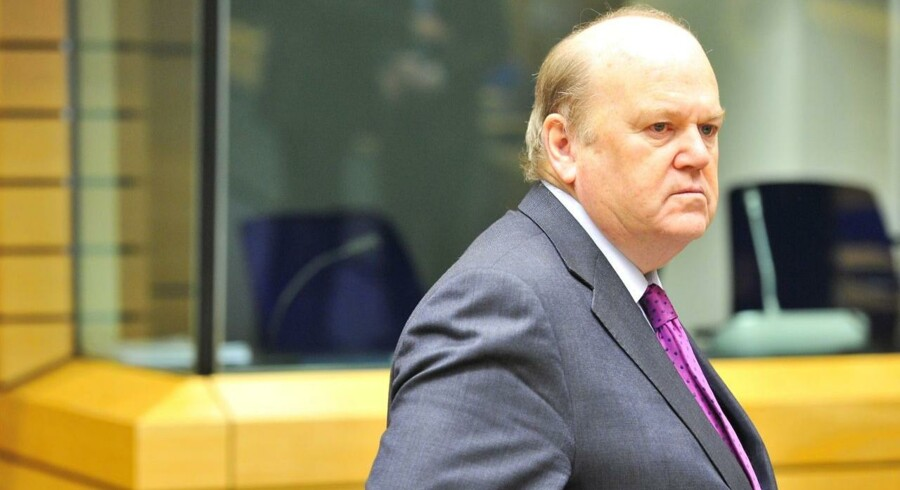 Den irske finansminsiter, Michael Noonan. AFP PHOTO / GEORGES GOBET