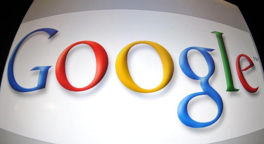 Søgemaskinegiganten Google har selv meddelt, at der er tikket 120.000 anmodninger ind fra europæiske borgere i perioden 30. maj til 1. september om at få fjernet konkrete link til søgeresultater. Det er kommet efter EU-Domstolen i maj understregede, at de har ret til at blive glemt af Google.