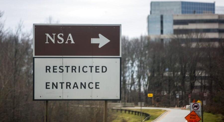 Et vejskilt, der viser vej til NSAs hovedkvarter i Fort Meade, Maryland. Nu tilbyder Canada beskyttelse mod amerikansk overvågning.