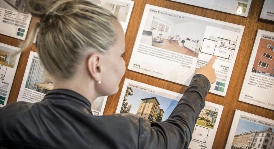 Singler for længst har overhalet de mere klassiske familiemønstre som den mest almindelige familie i Danmark, men alligevel så er langt de færreste boliger opført med henblik på at huse en person.
