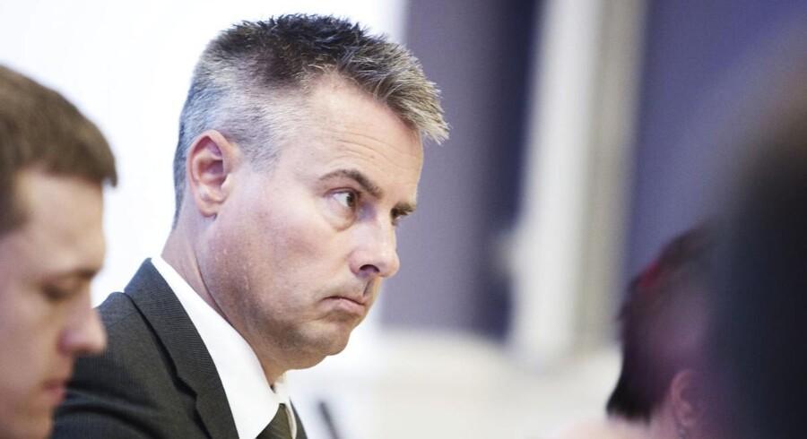 Erhvervs- og vækstminister Henrik Sass Larsen er klar med en ny lovpakke, der skal bekæmpe økonomisk kriminalitet.