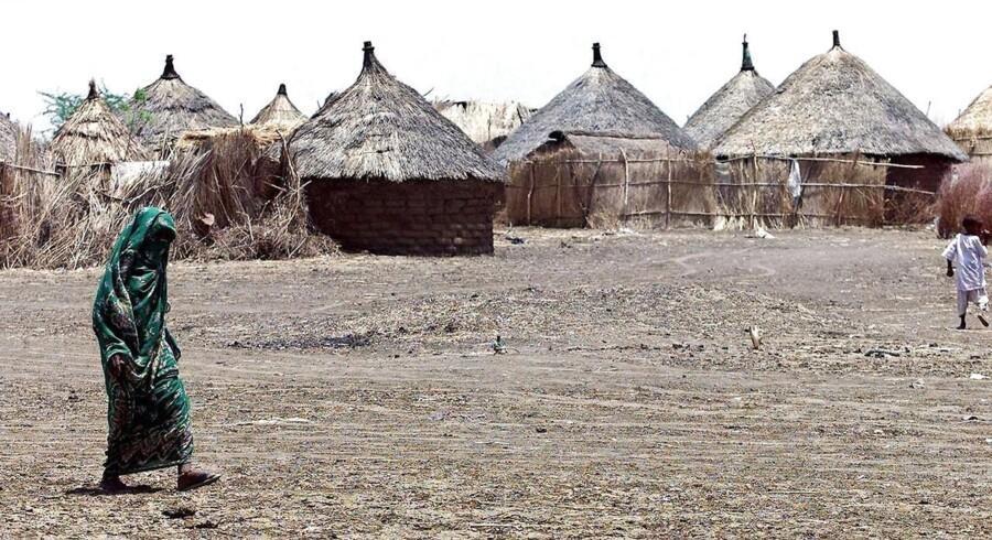 To embedsmænd i Udlændingestyrelsen har forladt arbejdspladsen efter et voldsomt internt opgør om styrelsens omdiskuterede rapport om Eritrea. De var i Eritrea med henblik på at vurdere, om det er sikkert at sende flygtninge tilbage. Her er flygtninge fra Eritrea i en flygtningelejr i Sudan.