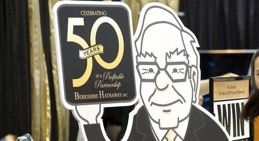 Warren Buffet, her som tegneseriefigur til årsmødet i Berkshire Hathway, har netop købt et stort antal Vestas-møller.