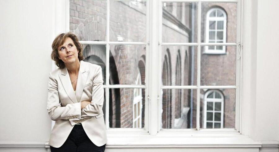 Connie Hedegaard mener, at det er muligt at finde en løsning på problemer som børnechecken ved hjælp af EU-systemet. Hun forstår ikke sit eget partis ageren i debatten.