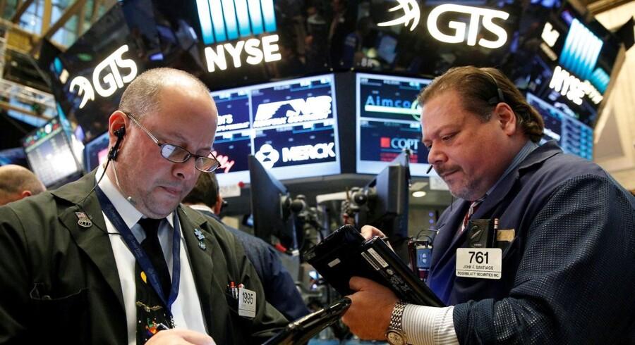 Flere markedsiagttagere vurderede, at usikkerheden kunne bunde i større usikkerhed frem mod næste uges præsidentvalg i USA.