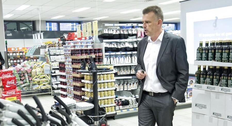 Niels Karstensen skal ikke længere stå i spidsen for Coop-kæden Fakta. Der skal findes en ny, lyder det fra koncernen, der i stedet lader Niels Karstensen blive HR-direktør i Coop.