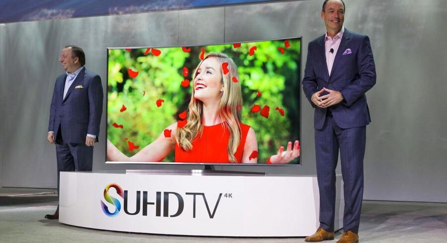 Et smart-TV fra Samsung kan lytte med, når der snakkes i stuen, og dataen sendes videre til tredjepart.