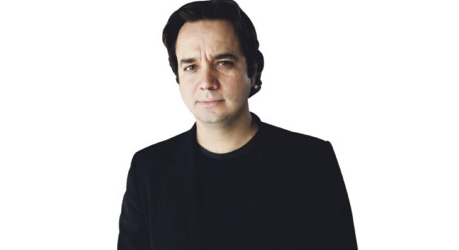 Christoffer Guldbrandsen, Journalist, Instruktør af Den Hemmelige Krig