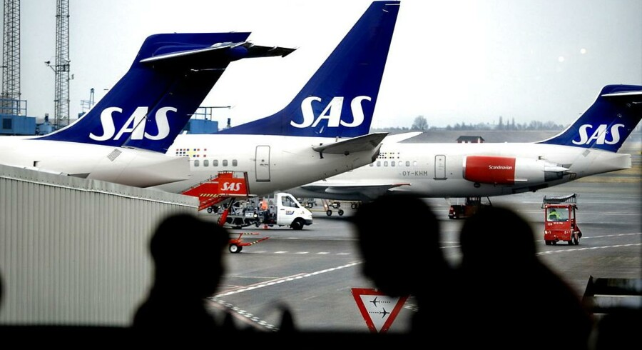 ARKIVFOTO. SAS har solgt et såkaldt »slot-pair« i Londons travle lufthavn Heathrow.