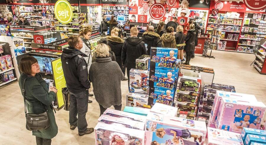 Fætter BR behøver ikke at tage på udkig efter en ny grossist, når julehandlen er slut i år, men det må mange andre legetøjsbutikker. Foto: Søren Bidstrup, Scanpix.