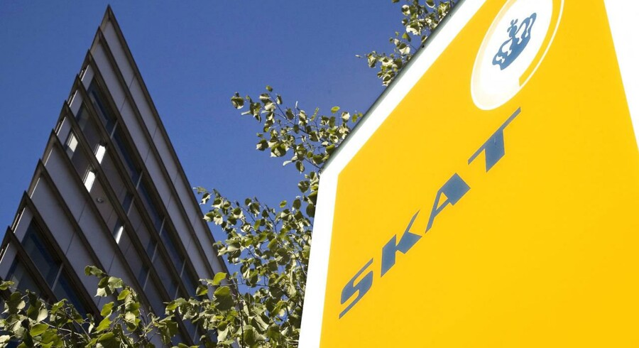 »Loven sætter ikke klar grænser for, hvad SKAT må og ikke må, når de kræver følsomme oplysninger om borgere fra teleselskaber, banker og andre instanser langt tilbage i tiden,« siger lektor og fagansvarlig for skatteret ved Aalborg Universitet Thomas Rønfeldt.