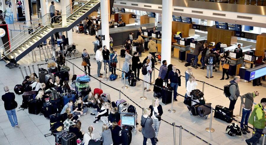 Københavns Lufthavn øgede igen antallet af passagerer markant i februar, hvor specielt lavprisruterne trak op. (Foto: Simon Skipper/Scanpix 2015)