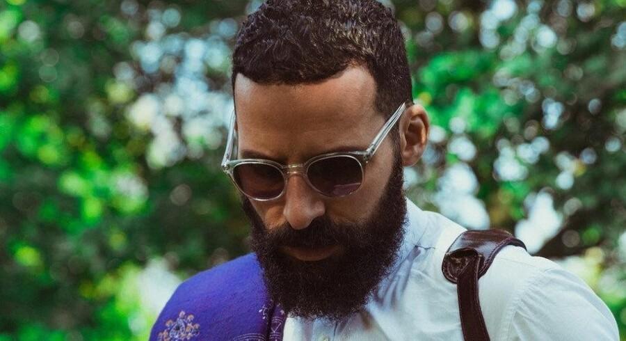 Isam B er aktuel med singlen Life. Til maj udgiver han et album.
