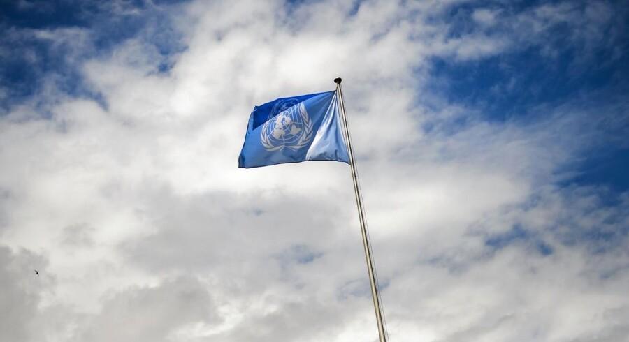 Danske virksomheders eksport til FN faldt fra 2013 til 2014 med cirka 700 millioner kroner. Dansk Erhverv efterlyser mere hjælp til virksomheder, der vil prøve kræfter med udenlandske markeder.