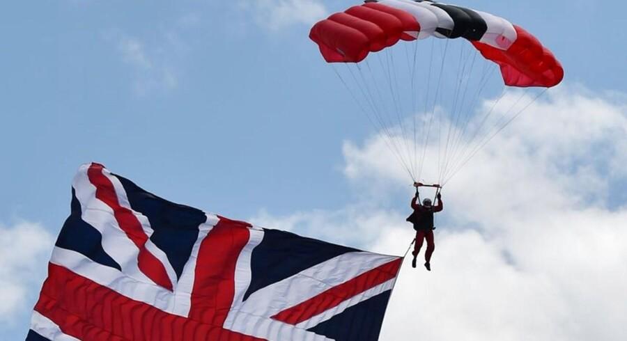 Hele 2013, hele 2014 og indtil videre hele 2015 har budt på økonomisk vækst for Storbritannien. Det bekræfter tirsdag formiddags tal fra det statslige britiske statistikkontor.