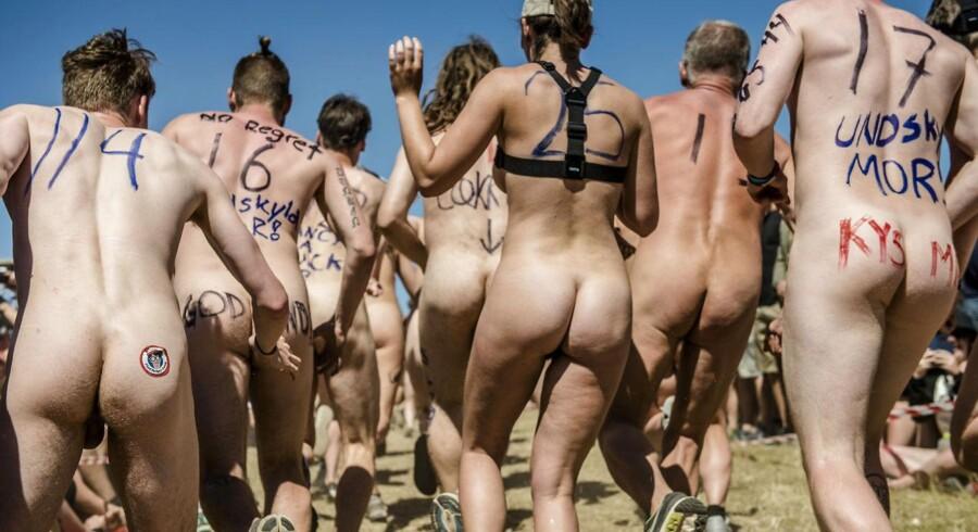 Det er blevet en fast tradition at der afholdes nøgenløb på Roskilde Festival.