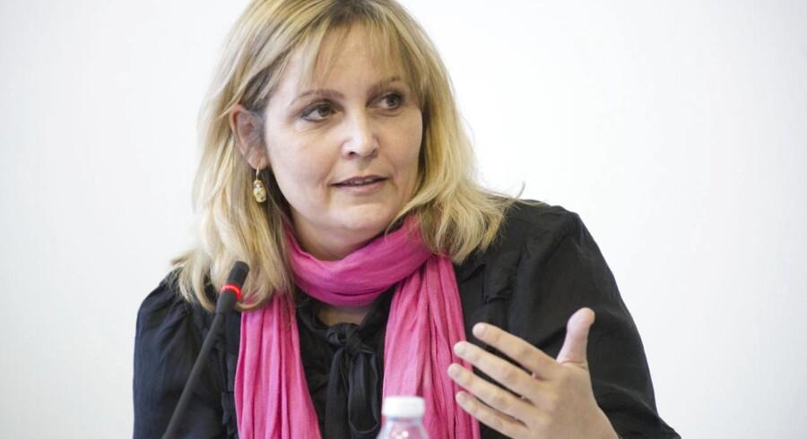 Tilslut jer den internationale aftale, lyder det på gentagne opfordringer fra handelsminister Pia Olsen Dyhr (SF) til den danske tekstilbranche.