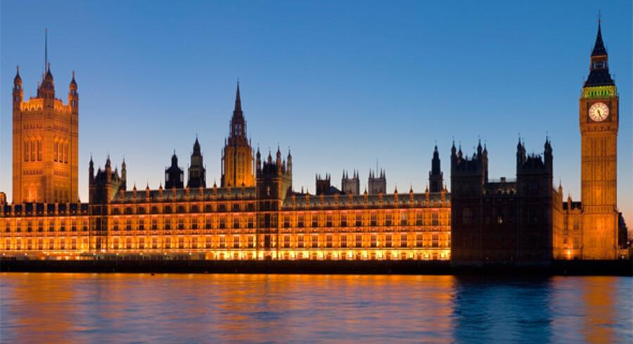 I London kan du besøge The Palace of Westminster, hvor du gratis kan overvære ophedede debatter blandt de britiske politikere.