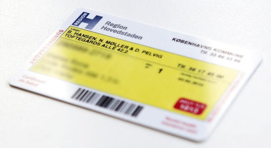 Med andres personlige oplysninger kan identitetstyvene blandt andet køre ulovligt med den offentlige trafik og tørre regningen af på offeret.